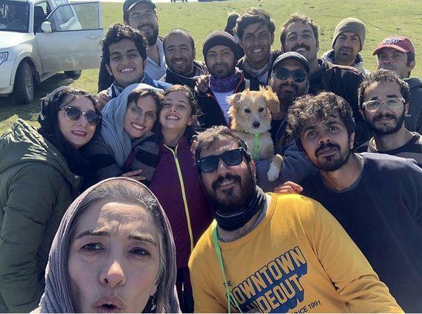 سلفی پانته آ پناهی ها با جمعی از دوستانش در طبیعت + عکس