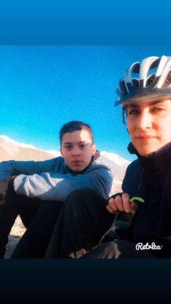ویشکا آسایش با پسرش  در حال دوچرخه سواری + عکس