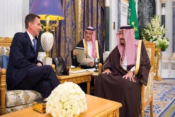 وزیر خارجه انگلیس با ملکسلمان دیدار کرد