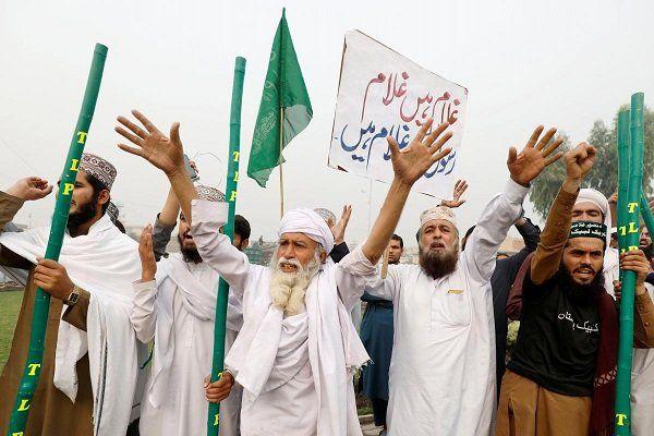 اعتراضات گسترده در شهرهای پاکستان علیه حکم دادگاه عالی