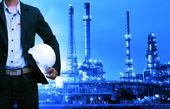 اقدام هند و چین برای افزایش چانهزنی در برابر فروشندگان نفت