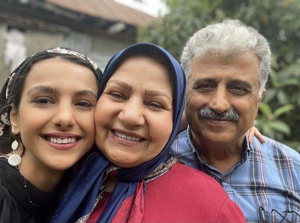 جوانه دلشاد در کنار والدینش + عکس