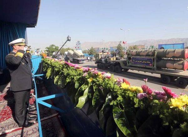 رژه ارتش جمهوری اسلامی ایران+ عکس