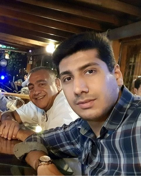 خسرو احمدی و پسرش + عکس