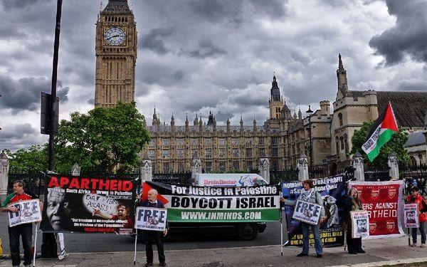 فعالیت باندهای نفوذی صهیونیستی در لندن
