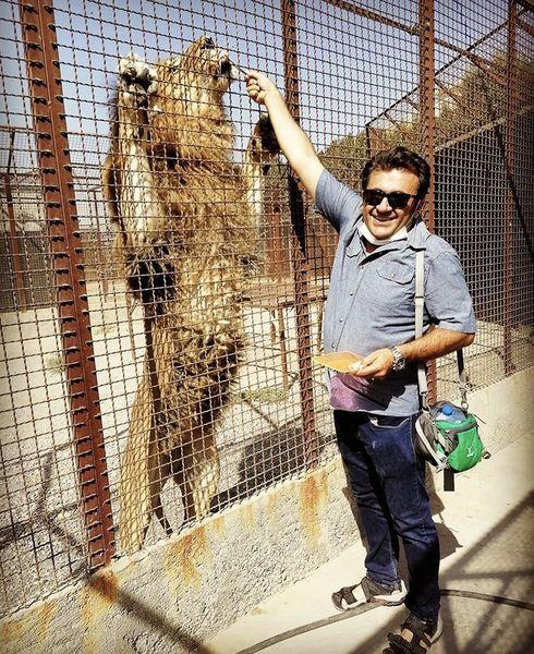 شهرام عبدلی در باغ وحش + عکی