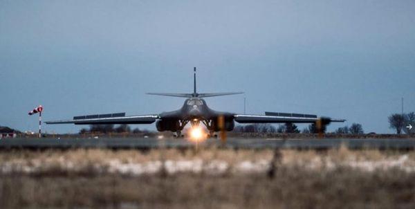 ماموریت بمب افکنهای راهبردی آمریکا نزدیک پایگاههای دریایی روسیه