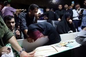 گوشتش را در سوریه گذاشت و استخوانش را برای ما آورد