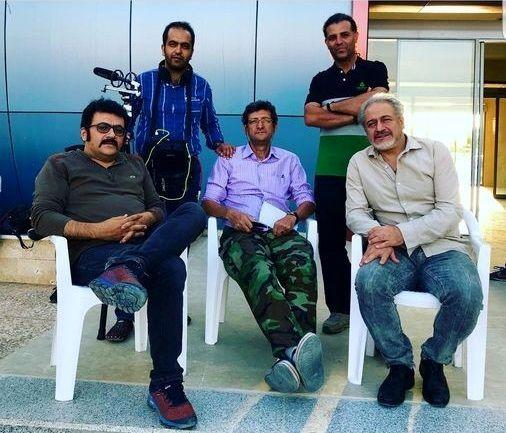شهرام عبدلی و دوستانش در پشت صحنه + عکس