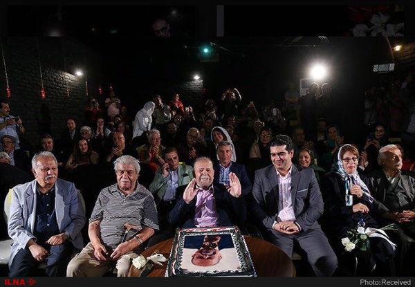 نام گذاری یک سالن سینما به نام محمد علی کشاورز
