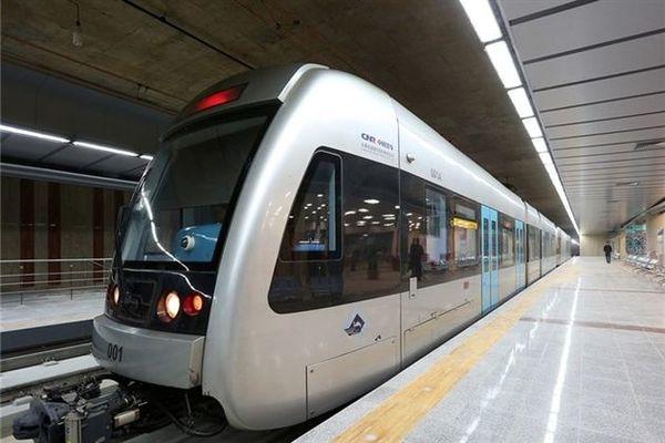 امضاء قراردادهای طرح توسعه حملونقل قطار شهری