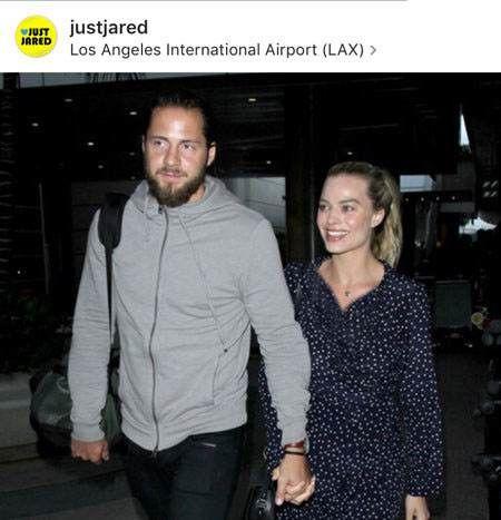 دو کفتر عاشق هنرمند در فرودگاه لس آنجلس