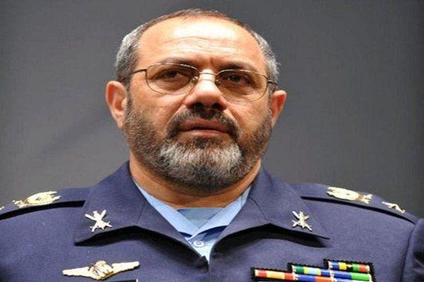 خلبان نصیرزاده بر ضرورت تقویت بنیه علمی نهاجا تاکید کرد