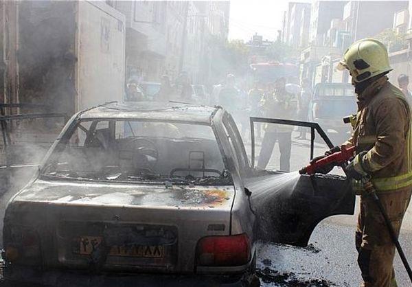 آتش گرفتن همزمان ۳ خودرو در شهرری + تصاویر