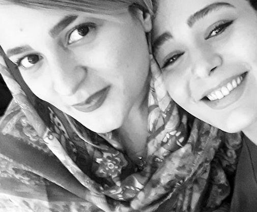 سانیا سالاری در آغوش خواهر+عکس