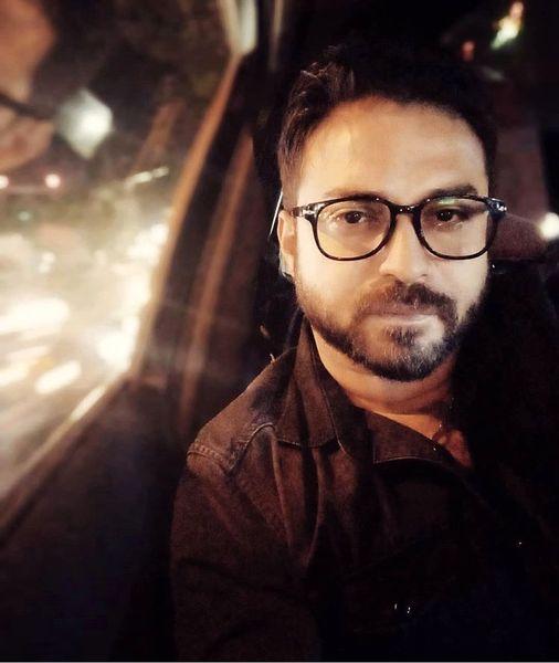 عینکی شدن خواننده معروف + عکس