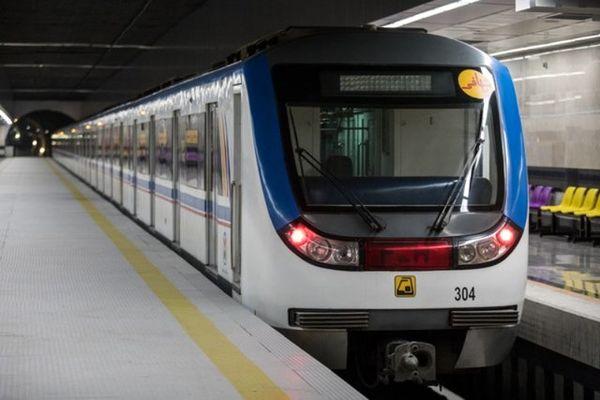 آماده باش مترو برای جابهجایی تماشاگران دیدار پرسپولیس و السد