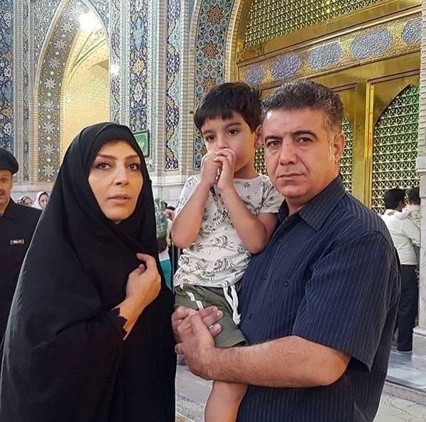 بازیگر پاورچین و همسر و نوه اش در مشهد+عکس