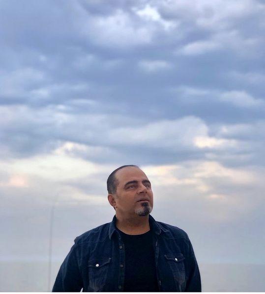 رضا مولایی زیر آسمانی بیکران + عکس