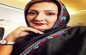 خانم مجری غرق در نقش و نگار موزه