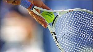 چرا تنیسورها هنگام ضربه زدن فریاد میزنند؟