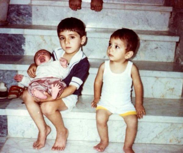 وحید و سعید شیخ زاده در دوران کودکی + عکس