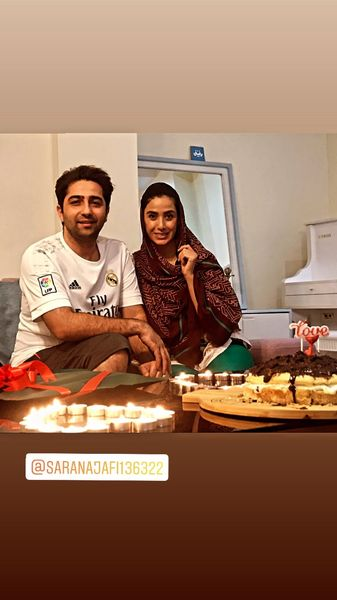 علی سخنگو و همسرش در خانه شان + عکس