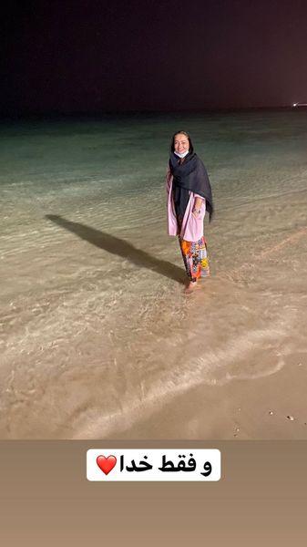 استایل نفیسه روشن در دریای کیش + عکس