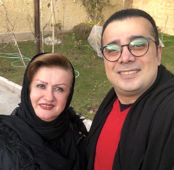 سپند امیرسلیمانی در کنار مادرش + عکس