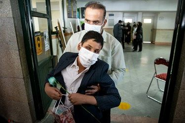 خروج دانش آموزان نابینا ازکلاس های درسی در مدرسه ویژه نابینایان شهید محبی تهران