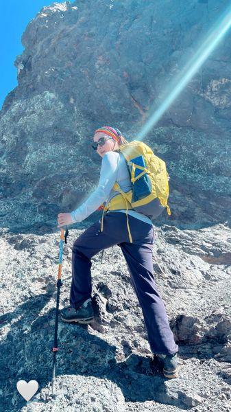 خانم بازیگری که کوهنوردی حرفه ای میکند + عکس