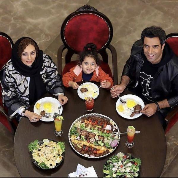 شام لاکچری خانوادگی یکتا ناصر در رستوران + عکس