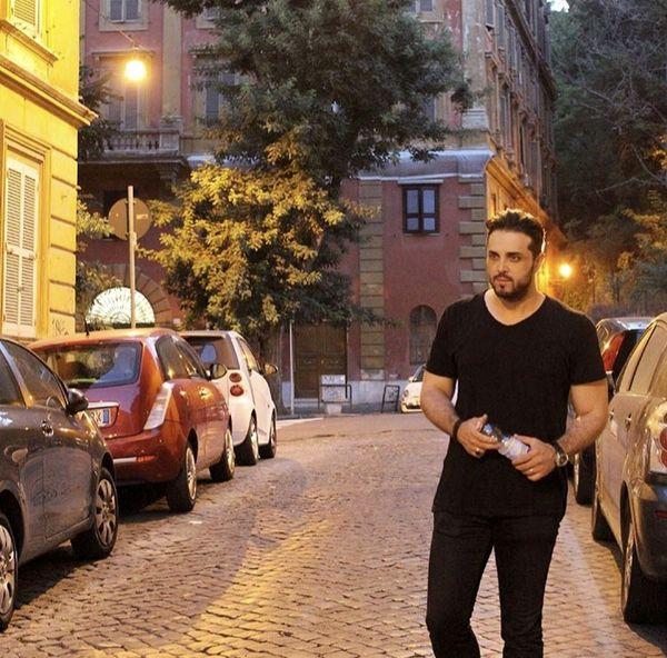 قدم زدن پدرام کریمی در خیابان های رم + عکس