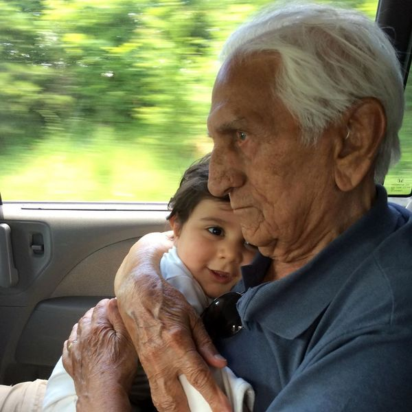 عکس آرامش بخش پسر برزو ارجمند و پدربزرگش