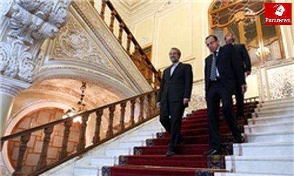 رئیس پارلمان نیکاراگوئه در جلسه علنی مجلس حضور یافت