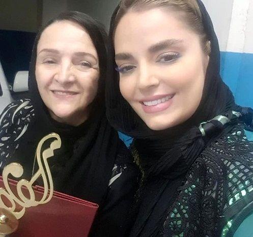 """بازیگر """"بوی باران"""" در کنار گلاب آدینه+عکس"""