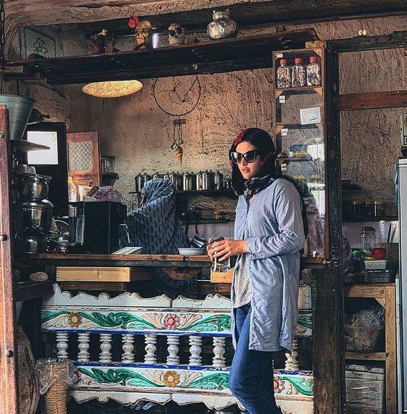 ریحانه پارسا در کافه جنوبی + عکس