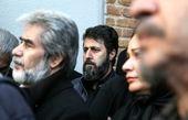 ظاهر متفاوت «هومن حاجی عبداللهی» در مراسم تشییع «خشایار الوند»