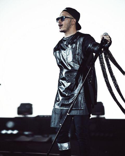 لباس کیسه ای خیلی خاص اشوان در کنسرتش+عکس