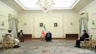 روحانی: همکاری ایران و نیجریه در عرصههای بین المللی ضروری است