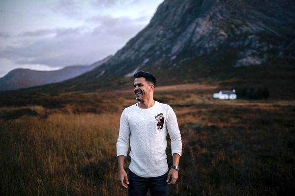 عکس جذاب سیروان خسروی در اسکاتلند + عکس