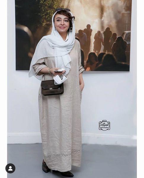 همسر بازیگر مشهور در یک گالری عکاسی + عکس