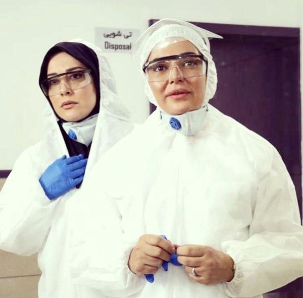 رزیتا غفاری و آشا مهرابی در لباس کادر درمان + عکس