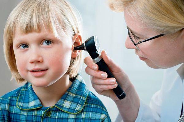 پارگی پرده گوش چه علائمی دارد؟