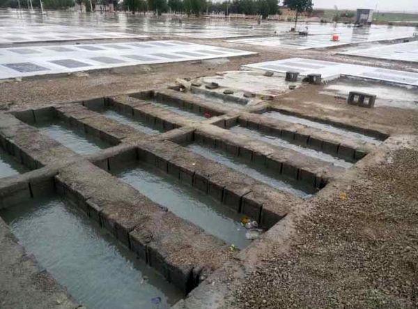قبرستان بهبهان در یک روز بارانی!