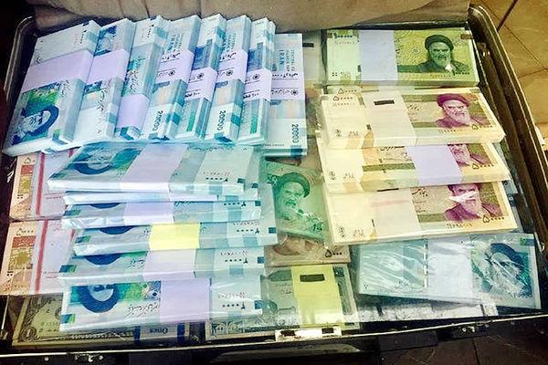 کشف دلار و اسکناسهای جعلی در تبریز