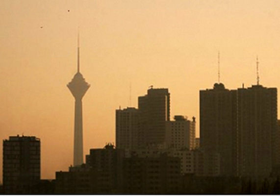 هوای تهران ناسالم برای تمامی افراد جامعه