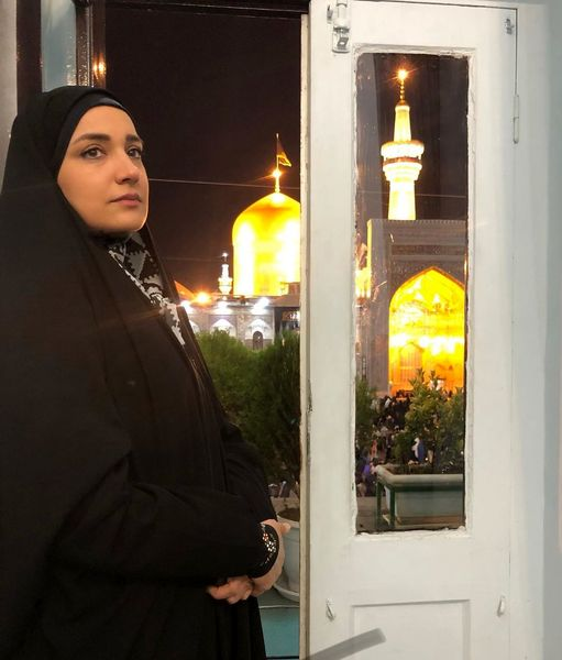 عکس معنوی خاله نرگس در مشهد