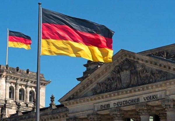 وزیر کشور آلمان: مسلمانان بخشی از آلمان هستند