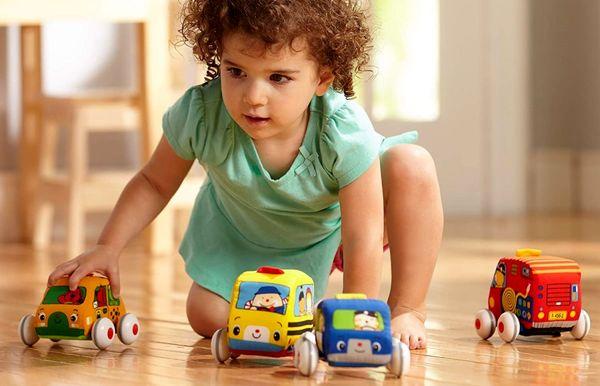اسباب بازی های مناسب برای سنین مختلف کودک؟